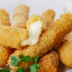 Mozzarella Sticks, din 5 ingrediente